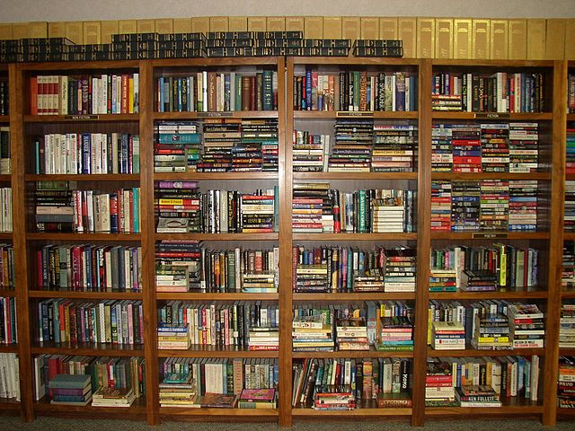 640px-book_shelves_uwi_library